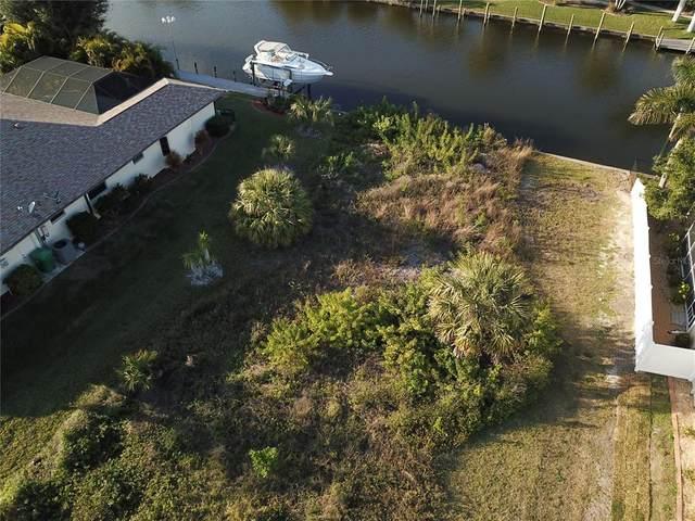 8601 Calumet Boulevard, Port Charlotte, FL 33981 (MLS #D6118584) :: Rabell Realty Group