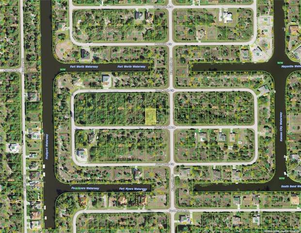14142 S Bend Avenue, Port Charlotte, FL 33981 (MLS #D6119066) :: Sarasota Home Specialists