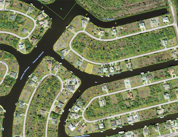 15602 Margo Circle, Port Charlotte, FL 33981 (MLS #D6119314) :: Kelli and Audrey at RE/MAX Tropical Sands