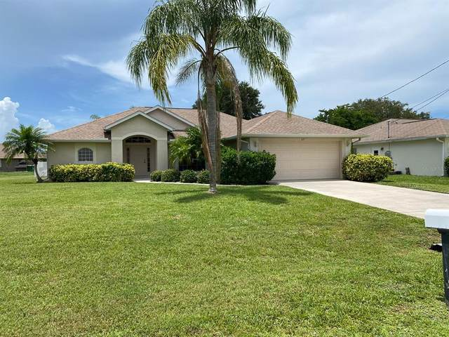 27 Mariner Lane, Rotonda West, FL 33947 (MLS #D6120217) :: Burwell Real Estate