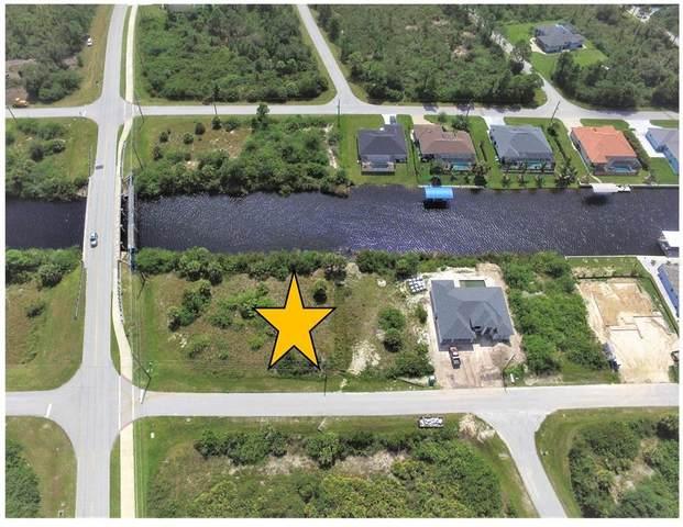 8618 Santa Cruz Drive, Port Charlotte, FL 33981 (MLS #D6121137) :: Prestige Home Realty