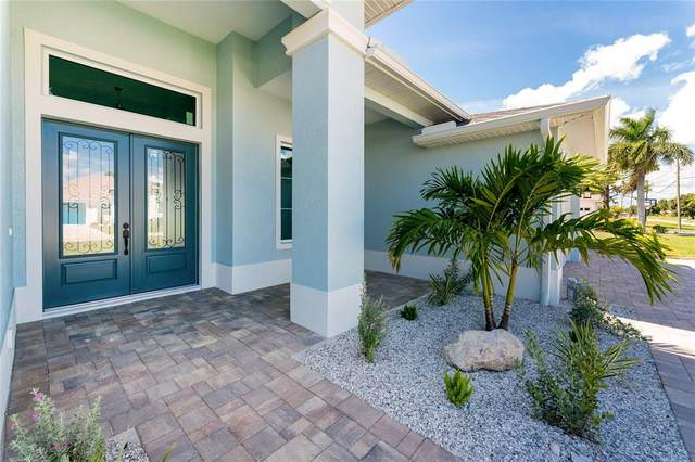 41 Fairway Road, Rotonda West, FL 33947 (MLS #D6121576) :: The Hustle and Heart Group