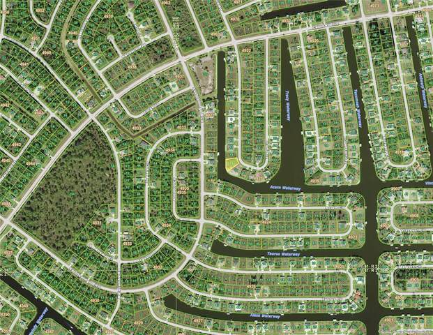 8170 Tracy Circle, Port Charlotte, FL 33981 (MLS #D6121687) :: Delgado Home Team at Keller Williams