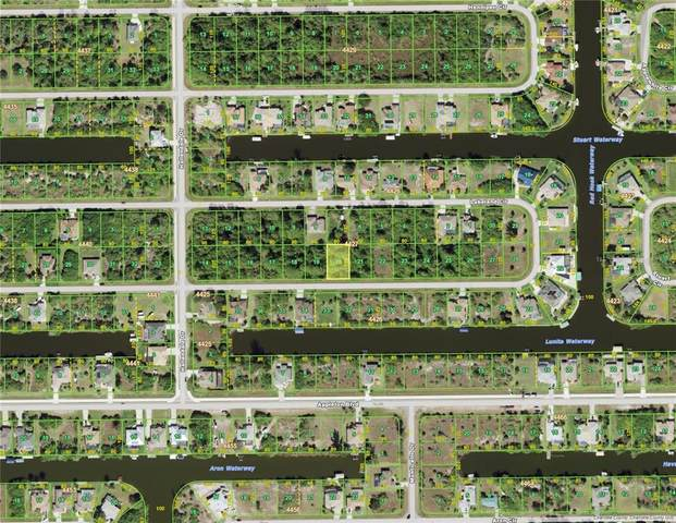 15625 Lakeland Circle, Port Charlotte, FL 33981 (MLS #D6121758) :: Global Properties Realty & Investments