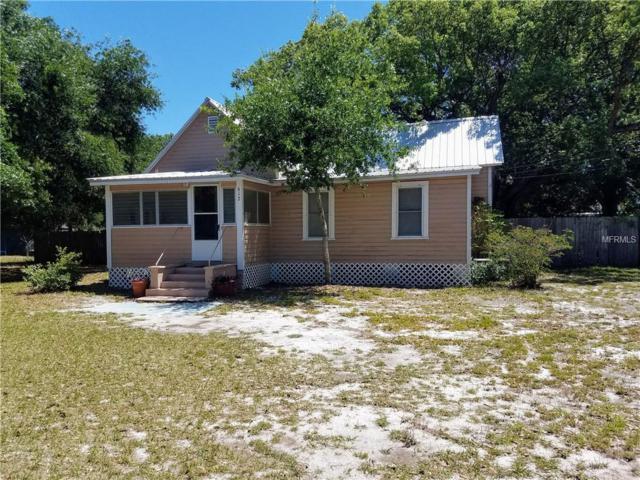 612 N Rockingham Avenue, Tavares, FL 32778 (MLS #G5000301) :: KELLER WILLIAMS CLASSIC VI