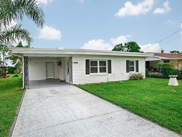 1003 Dora Avenue, Tavares, FL 32778 (MLS #G5003836) :: KELLER WILLIAMS CLASSIC VI