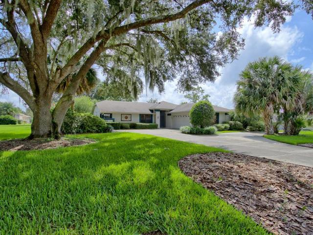 39152 Tacoma Drive, Lady Lake, FL 32159 (MLS #G5005864) :: Mark and Joni Coulter | Better Homes and Gardens