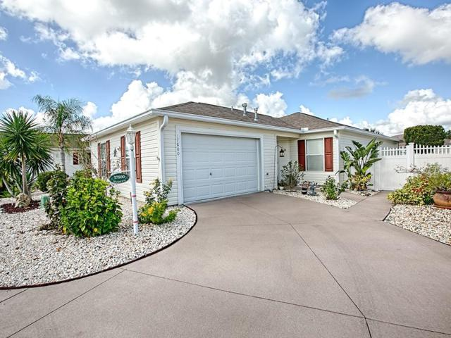 17800 SE 91ST FREEDOM Court, The Villages, FL 32162 (MLS #G5007315) :: Realty Executives in The Villages
