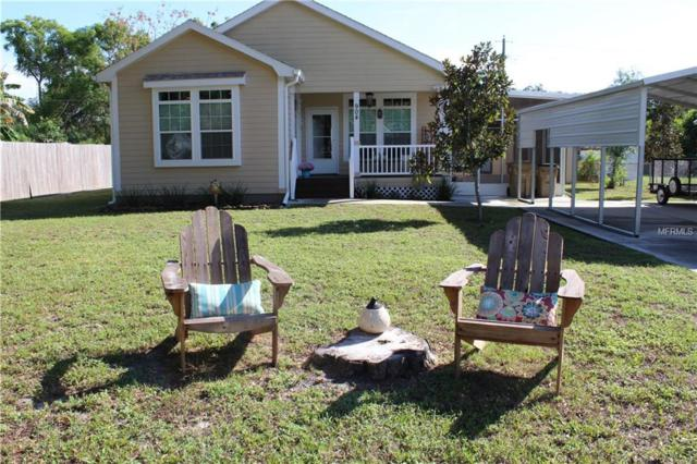 904 Marion Drive, Mount Dora, FL 32757 (MLS #G5008713) :: Revolution Real Estate