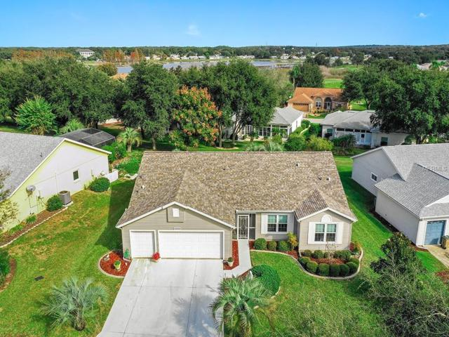 4933 Sawgrass Lake Circle, Leesburg, FL 34748 (MLS #G5009606) :: Team Suzy Kolaz