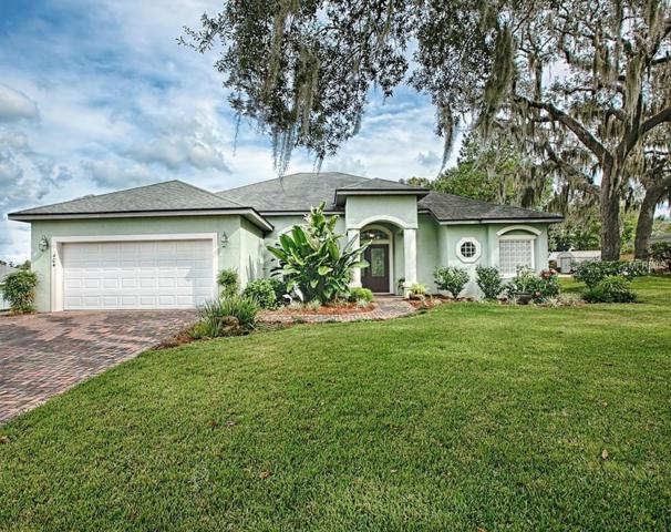 404 S Florida Avenue, Howey in the Hills, FL 34737 (MLS #G5010971) :: Team Bohannon Keller Williams, Tampa Properties