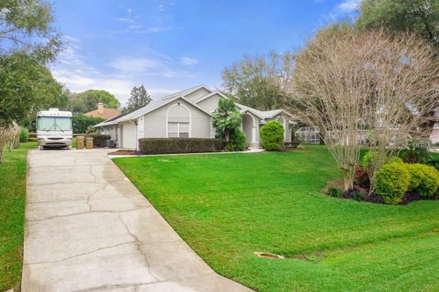 10533 Lake Hill Drive, Clermont, FL 34711 (MLS #G5012356) :: RealTeam Realty