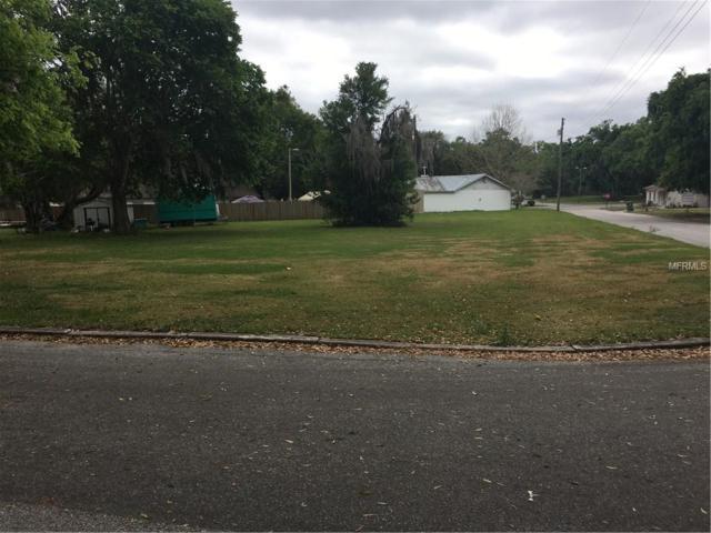 Madison Ave, Center Hill, FL 33514 (MLS #G5013299) :: Delgado Home Team at Keller Williams