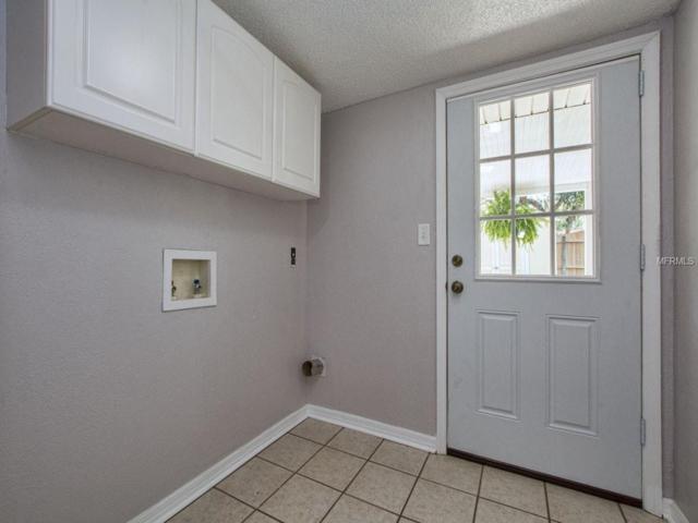 625 King Street, Eustis, FL 32726 (MLS #G5014983) :: Cartwright Realty