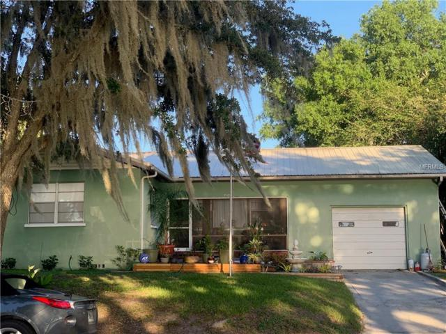 319 S Lake Avenue, Groveland, FL 34736 (MLS #G5016178) :: The Duncan Duo Team