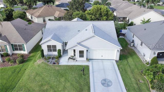 1333 Augustine Drive, The Villages, FL 32159 (MLS #G5016844) :: Premium Properties Real Estate Services