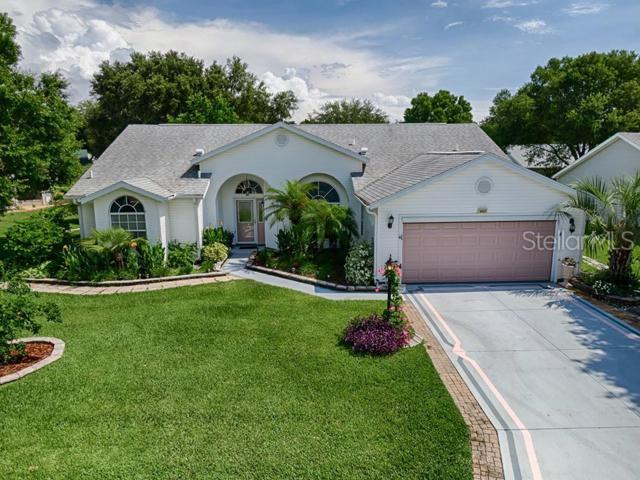 4437 River Ridge Drive, Leesburg, FL 34748 (MLS #G5017109) :: Delgado Home Team at Keller Williams
