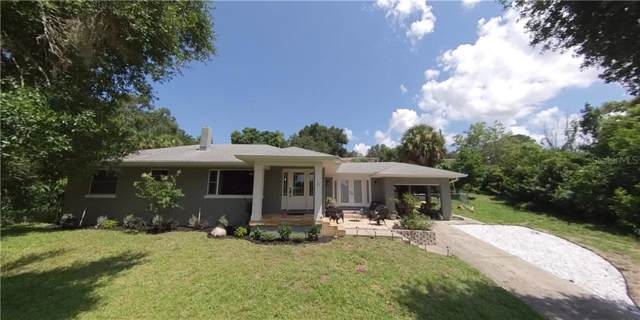 370 Crystal Lake Drive, Clermont, FL 34711 (MLS #G5018287) :: Alpha Equity Team