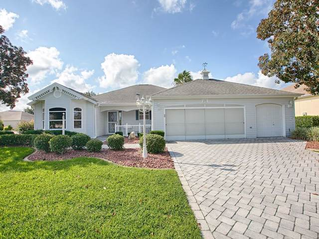 1202 Camero Drive, The Villages, FL 32159 (MLS #G5020380) :: Realty Executives in The Villages