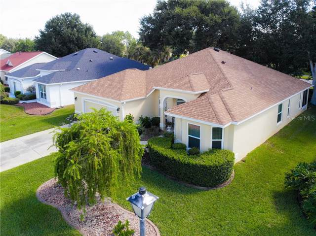 1105 Oak Forest Drive, The Villages, FL 32162 (MLS #G5020610) :: Delgado Home Team at Keller Williams