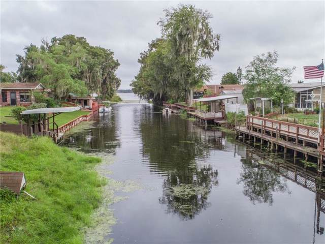2545 Cr 448, Lake Panasoffkee, FL 33538 (MLS #G5021664) :: Griffin Group