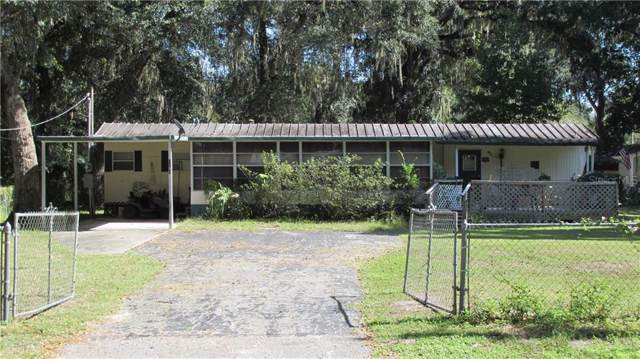 2805 Cr 423, Lake Panasoffkee, FL 33538 (MLS #G5022617) :: GO Realty