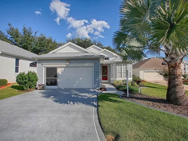 6218 Sailboat Avenue, Tavares, FL 32778 (MLS #G5022920) :: Lovitch Realty Group, LLC