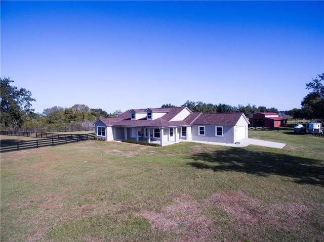 10801 Island Grove Road, Clermont, FL 34711 (MLS #G5023472) :: The Duncan Duo Team