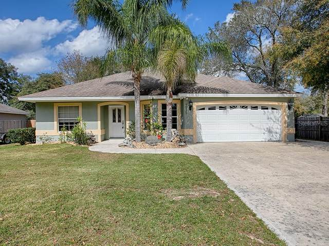 4535 Juniper Street, Lady Lake, FL 32159 (MLS #G5026184) :: Pristine Properties