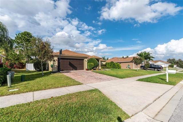 13047 Antique Oak Street, Clermont, FL 34711 (MLS #G5026338) :: The Dora Campbell Team