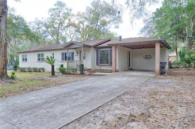 132 SE 37TH Avenue, Ocala, FL 34471 (MLS #G5026396) :: The Dora Campbell Team