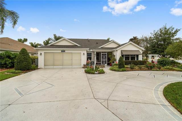 1257 Oak Forest Drive, The Villages, FL 32162 (MLS #G5026518) :: Realty Executives in The Villages