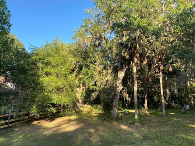 3151 Cr 418, Lake Panasoffkee, FL 33538 (MLS #G5027679) :: The Duncan Duo Team