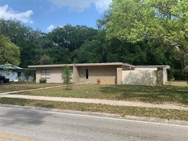 2417 S Summerlin Avenue, Sanford, FL 32771 (MLS #G5027876) :: Premium Properties Real Estate Services