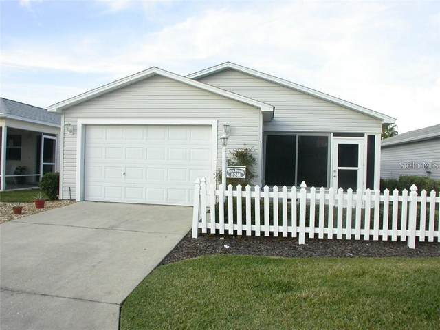 2241 Bellamy Lane, The Villages, FL 32162 (MLS #G5029057) :: Realty Executives in The Villages