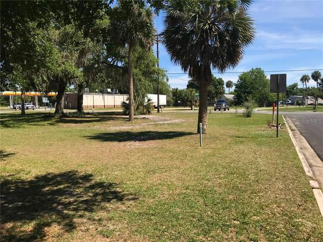 W Ocala Street, Umatilla, FL 32784 (MLS #G5029151) :: The Kardosh Team