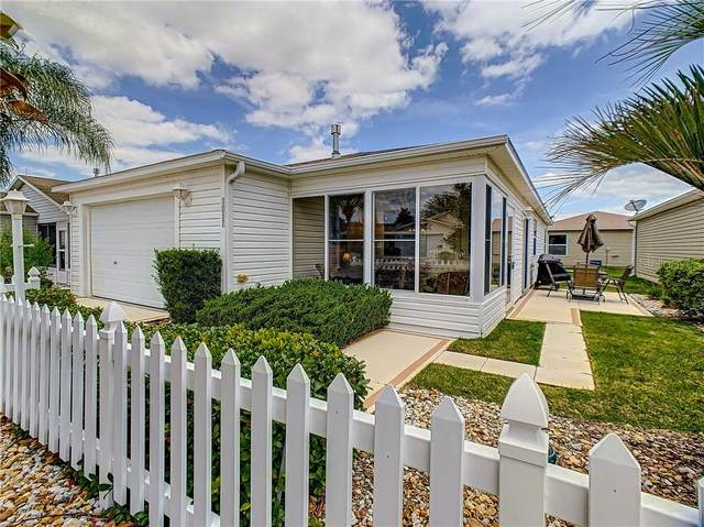 1017 Pinewood Place, The Villages, FL 32162 (MLS #G5029308) :: Realty Executives in The Villages