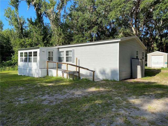 3733 Cr 405A, Lake Panasoffkee, FL 33538 (MLS #G5029349) :: Griffin Group