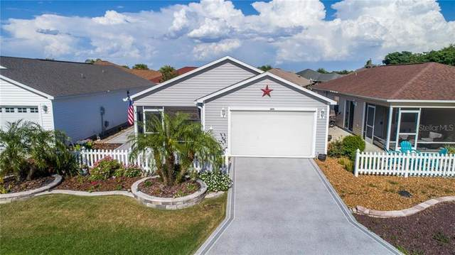 3073 Nutwood Avenue, The Villages, FL 32163 (MLS #G5029565) :: Realty Executives in The Villages