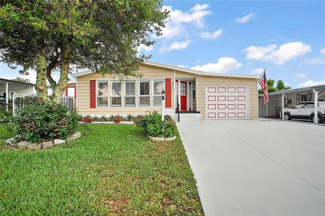 804 Saint Andrews Boulevard, Lady Lake, FL 32159 (MLS #G5029689) :: Cartwright Realty