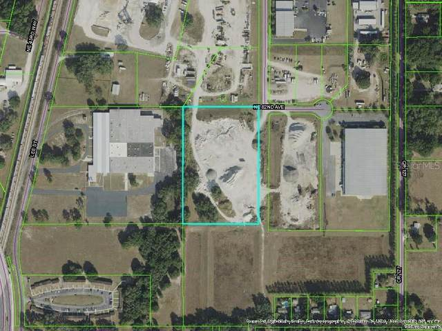8214 NE 44TH Drive, Wildwood, FL 34785 (MLS #G5030058) :: Griffin Group