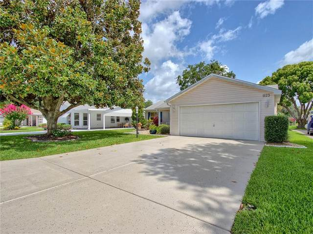 1123 W Boone Court, The Villages, FL 32159 (MLS #G5030842) :: Dalton Wade Real Estate Group