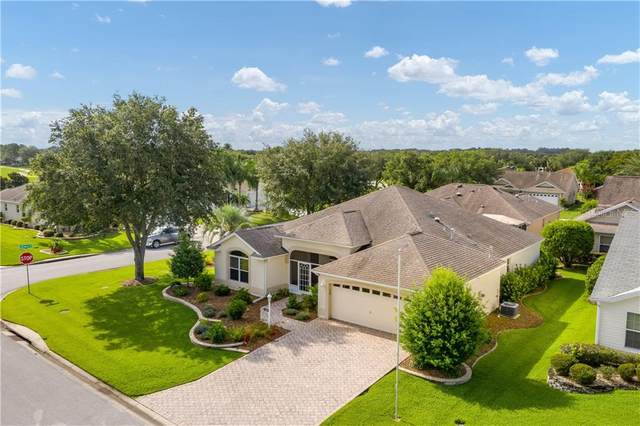 2316 Mayhurst Lane, The Villages, FL 32162 (MLS #G5030851) :: Realty Executives Mid Florida