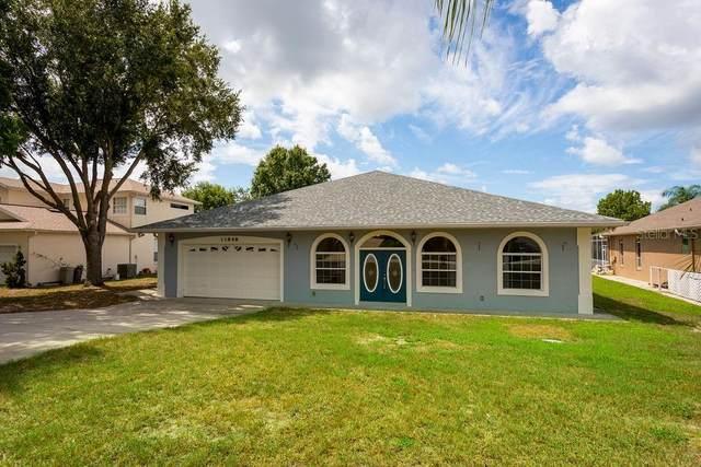 13848 Vista Del Lago Boulevard, Clermont, FL 34711 (MLS #G5030946) :: The Duncan Duo Team