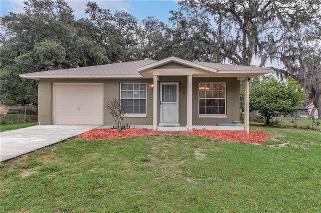 333 Midway Avenue, Mascotte, FL 34753 (MLS #G5031979) :: Key Classic Realty