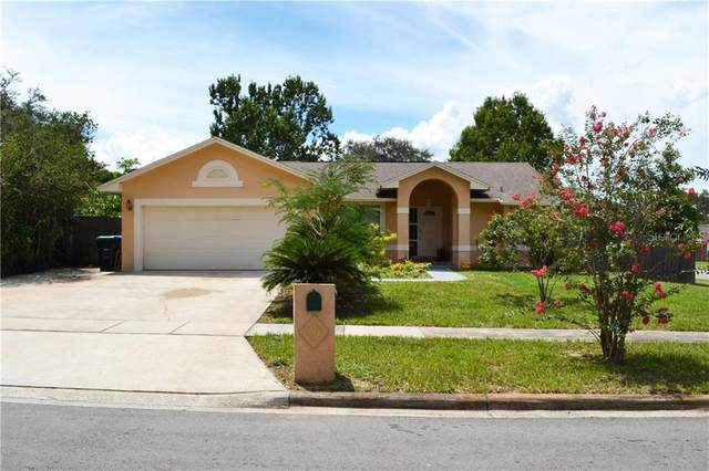 7453 Herricks Loop, Orlando, FL 32835 (MLS #G5032070) :: The Light Team