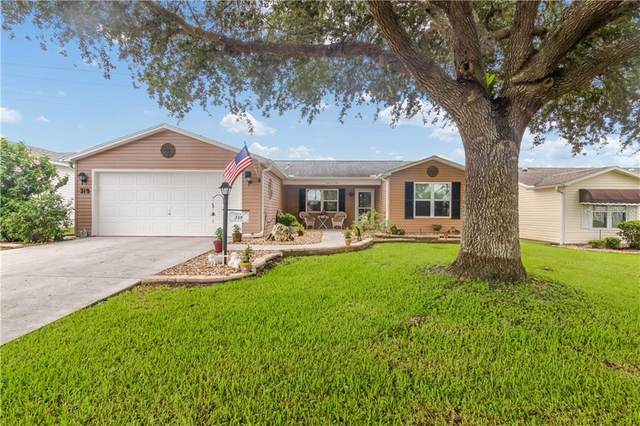319 Santa Clara Circle, The Villages, FL 32159 (MLS #G5033474) :: Realty Executives in The Villages