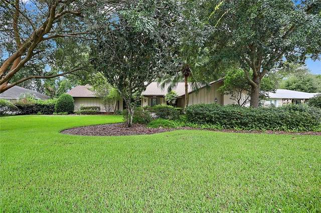 4132 Bair Avenue, Fruitland Park, FL 34731 (MLS #G5033529) :: Delgado Home Team at Keller Williams