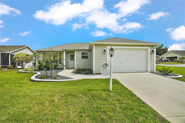2015 Sedgefield Terrace, The Villages, FL 32162 (MLS #G5033716) :: Realty Executives in The Villages