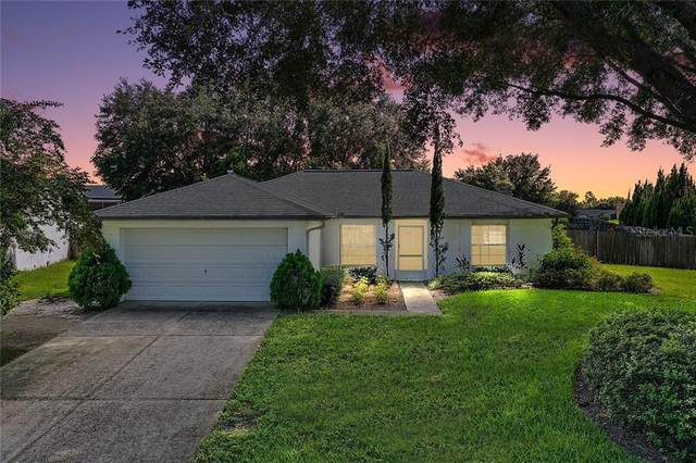 15426 Margaux Drive, Clermont, FL 34714 (MLS #G5033982) :: Griffin Group